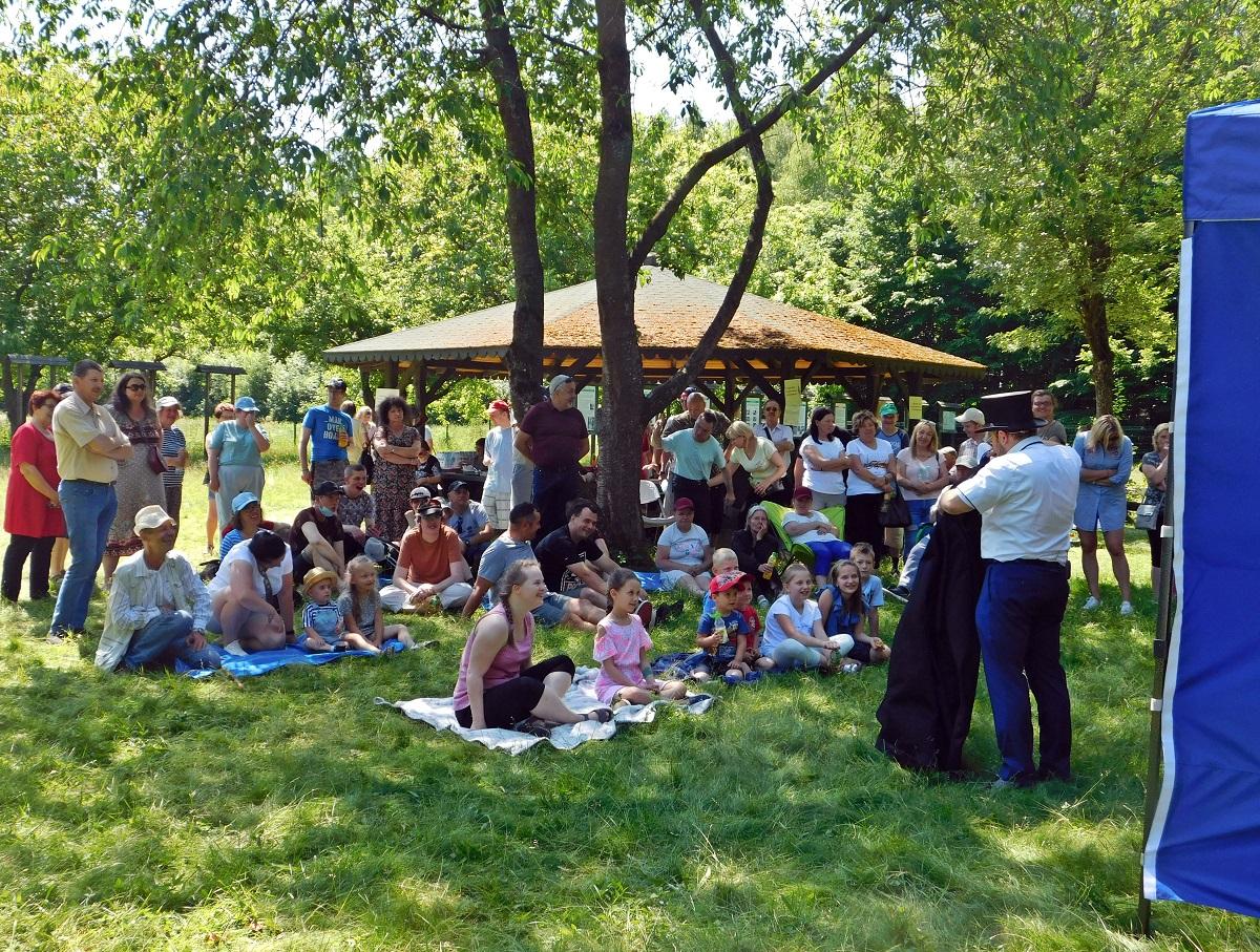 Piknik integracyjny w Nadleśnictwie Dobieszyn